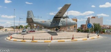C-212 Aviocar en glorieta ALcantarilla